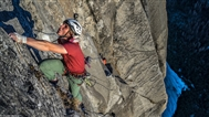 First-ever El Cap all-free rope-solo in a day by Pete Whittaker
