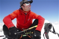 Legendary mountaineer Ueli Steck killed in the Himalaya: tributes